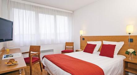 hotel lyon s jours affaires saint nicolas. Black Bedroom Furniture Sets. Home Design Ideas