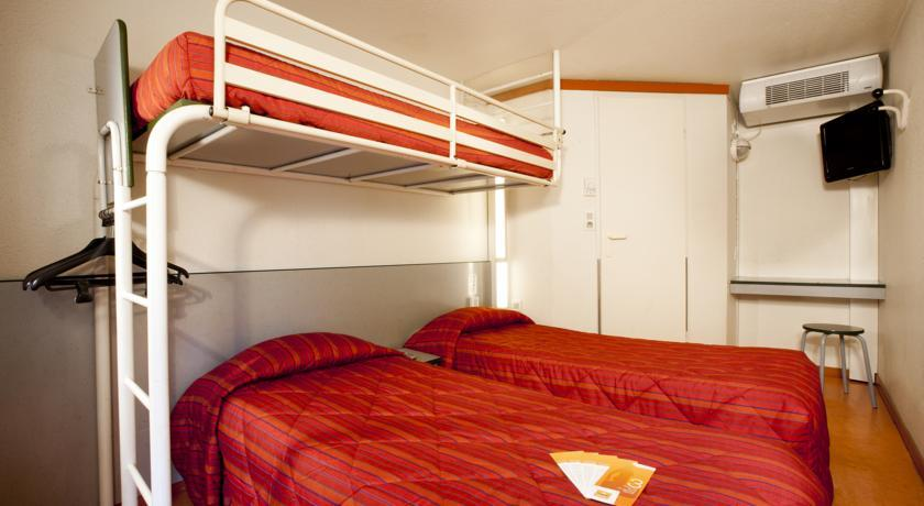 hotel premiere classe lyon est a roport saint exup ry. Black Bedroom Furniture Sets. Home Design Ideas