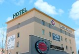 547442b2657ee ih hotel lyon 69330 exterieur 1 rect161